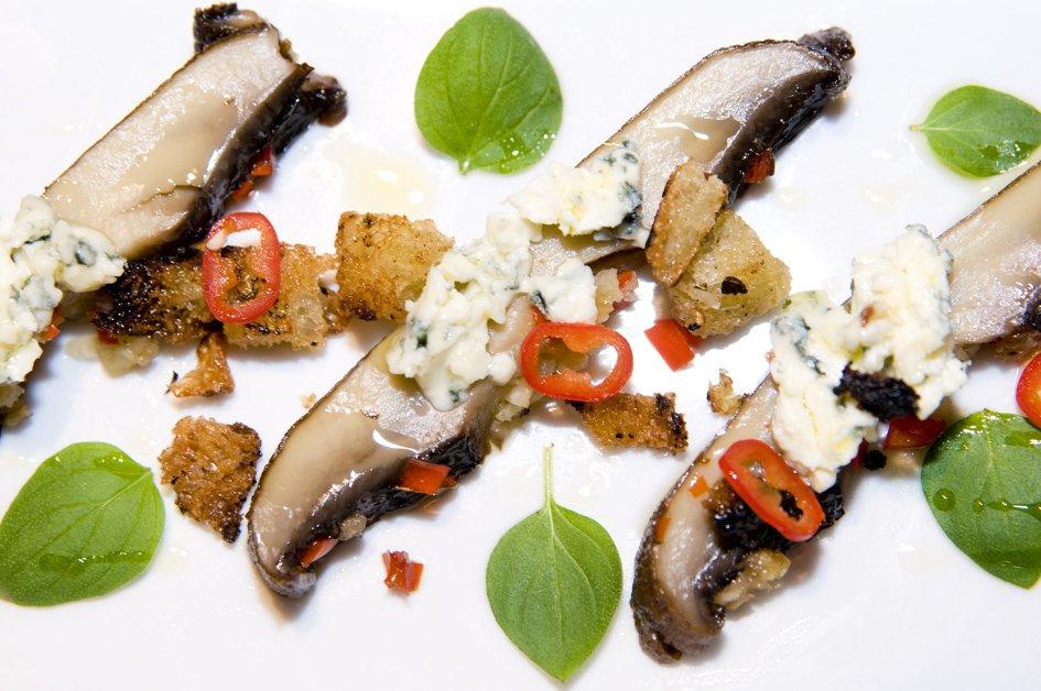 Portebello svampe med trøffel croutoner