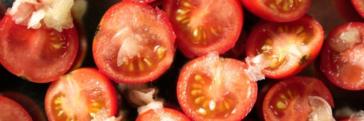 Tomater med hvidløg