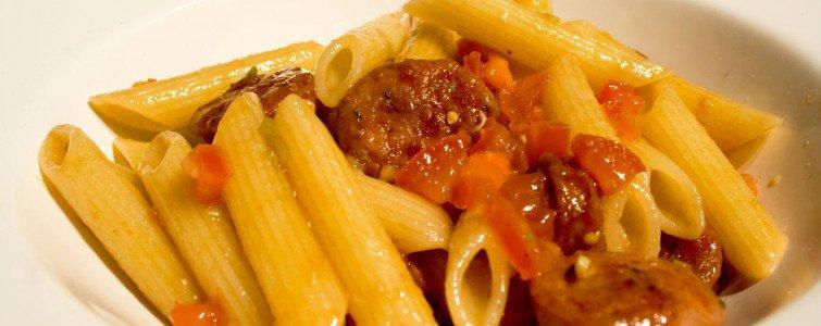 Pasta med tomatsovs - enkelt, simpelt og velsmagende