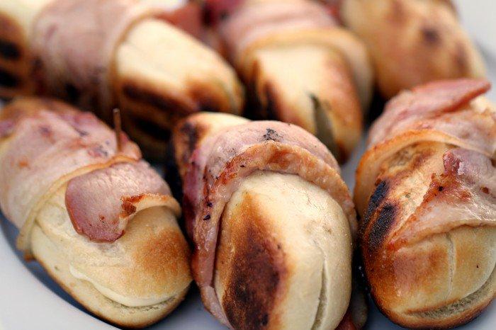 Færdige baconhapsere