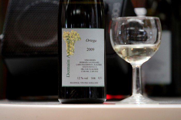 Til osten fra Arla Unika blev der serveret dansk produceret rødvin