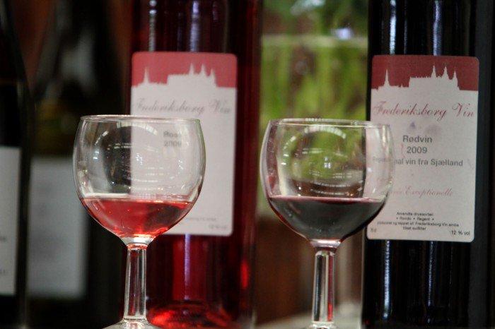 Til osten fra Arla Unika blev der serveret dansk produceret vin