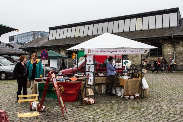 Portugisiske specialiteter og i baggrunden marmelader fra Frejø