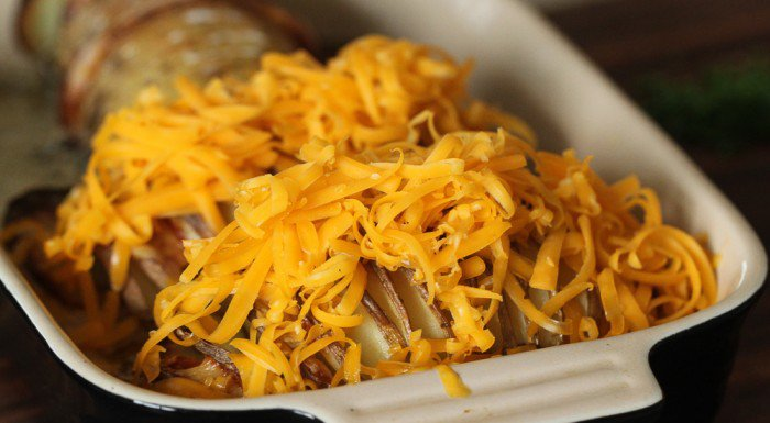 Bare ost på og så i ovnen