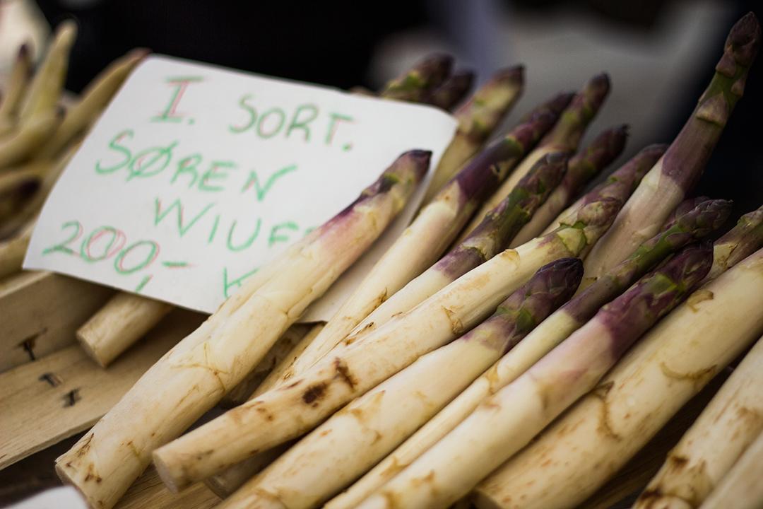 hvide asparges til salg
