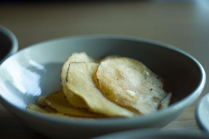 Kartoffelchips med trøffeldib