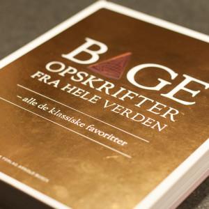 <b>Anmeldelse og Give Away: Bageopskrifter fra hele verden</b>