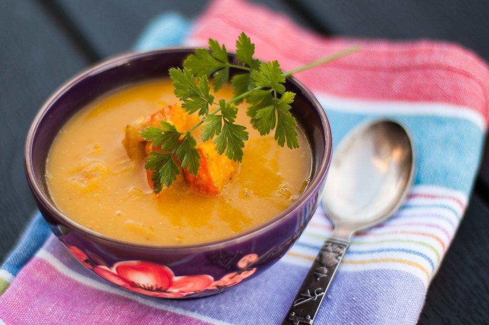 Græskarsuppe, serveret